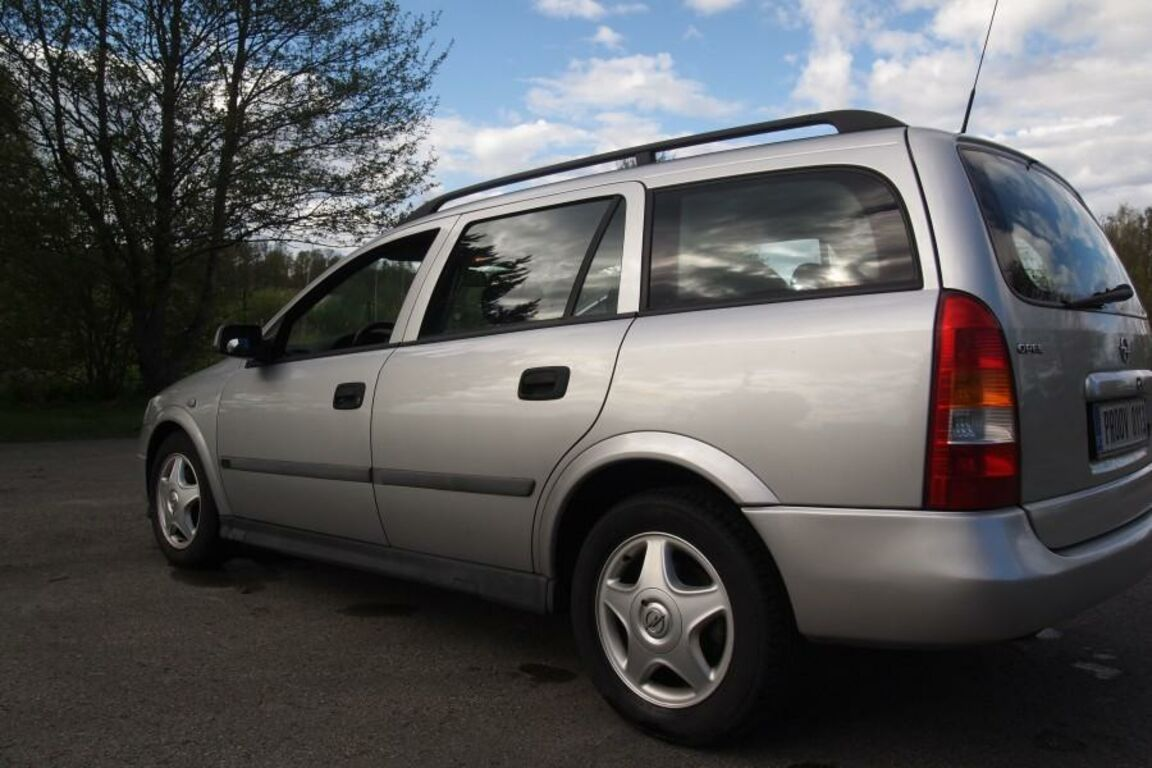 Opel Astra 2,0