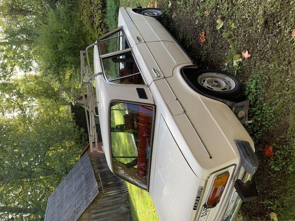 Lada 21063