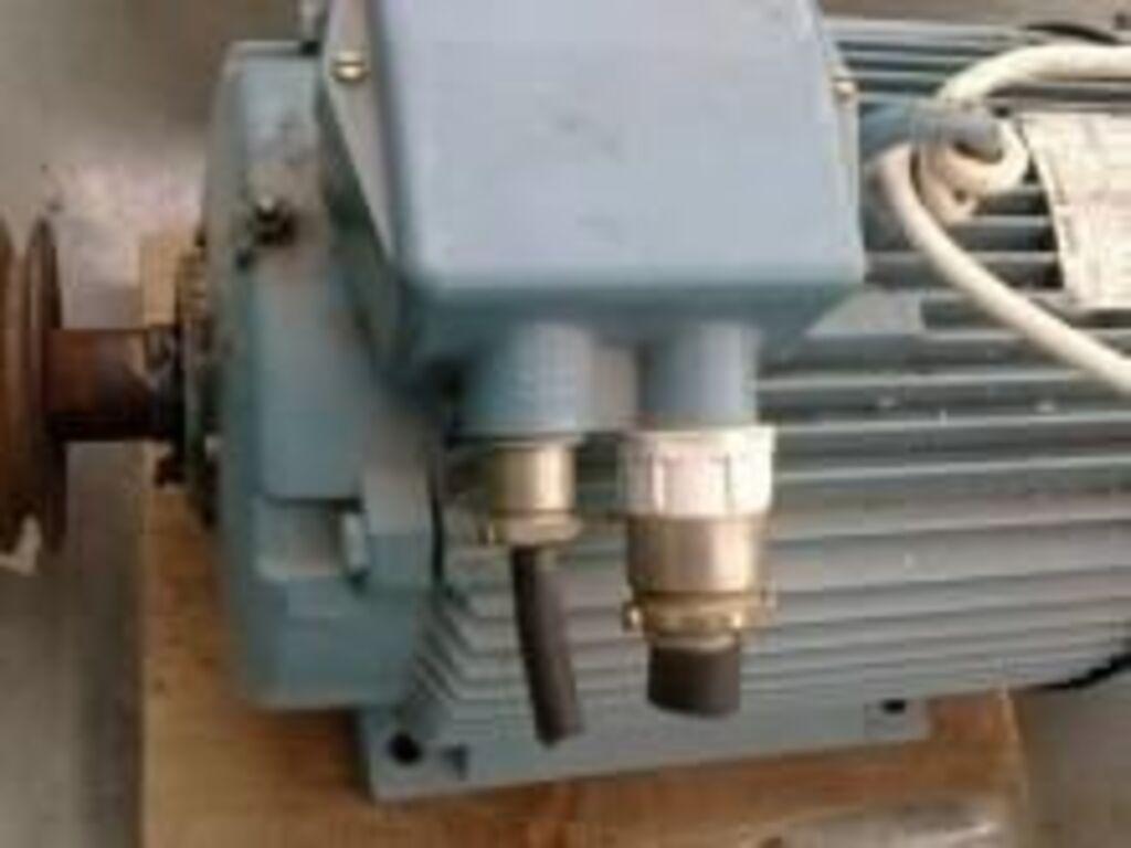 Kahe kiiruse ja võimsusega ABB elektrimootor