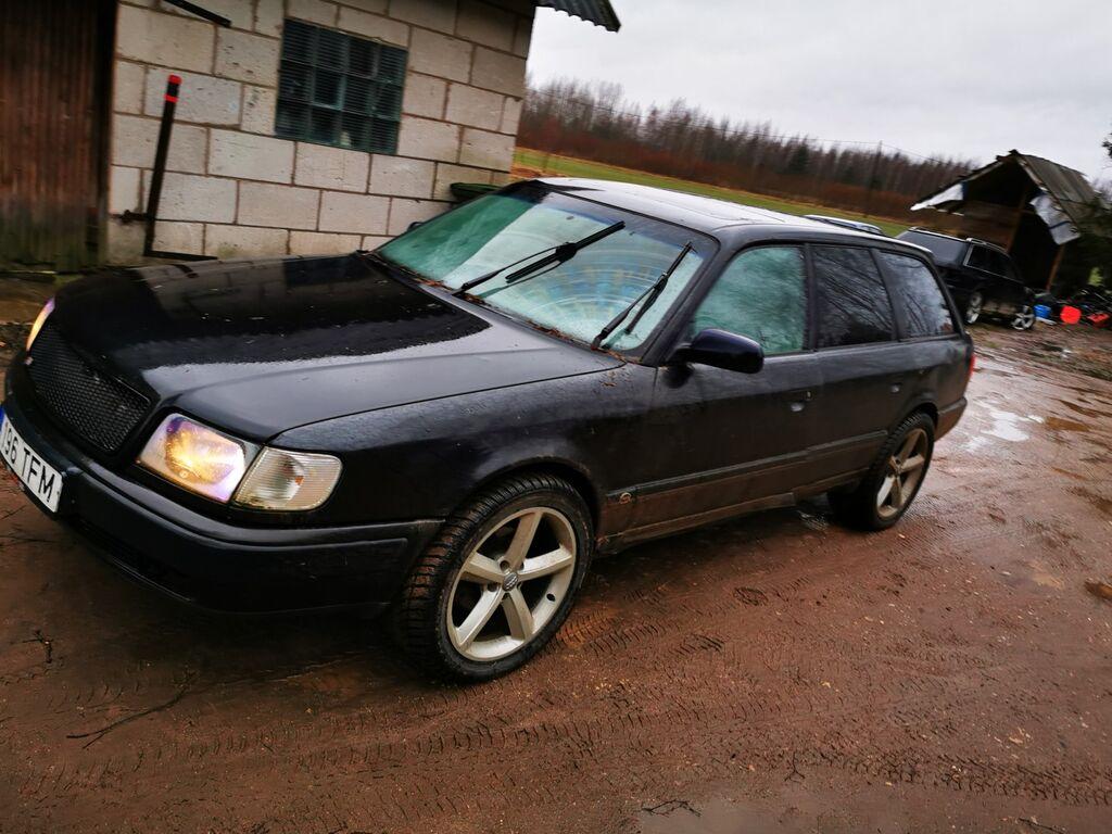 Audi 100 quattro osadeks