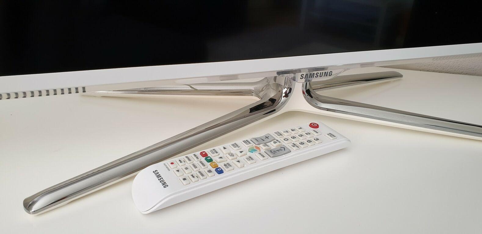 Teler Samsung valge. Ultra slim. Smart, wi-fi. 3D.