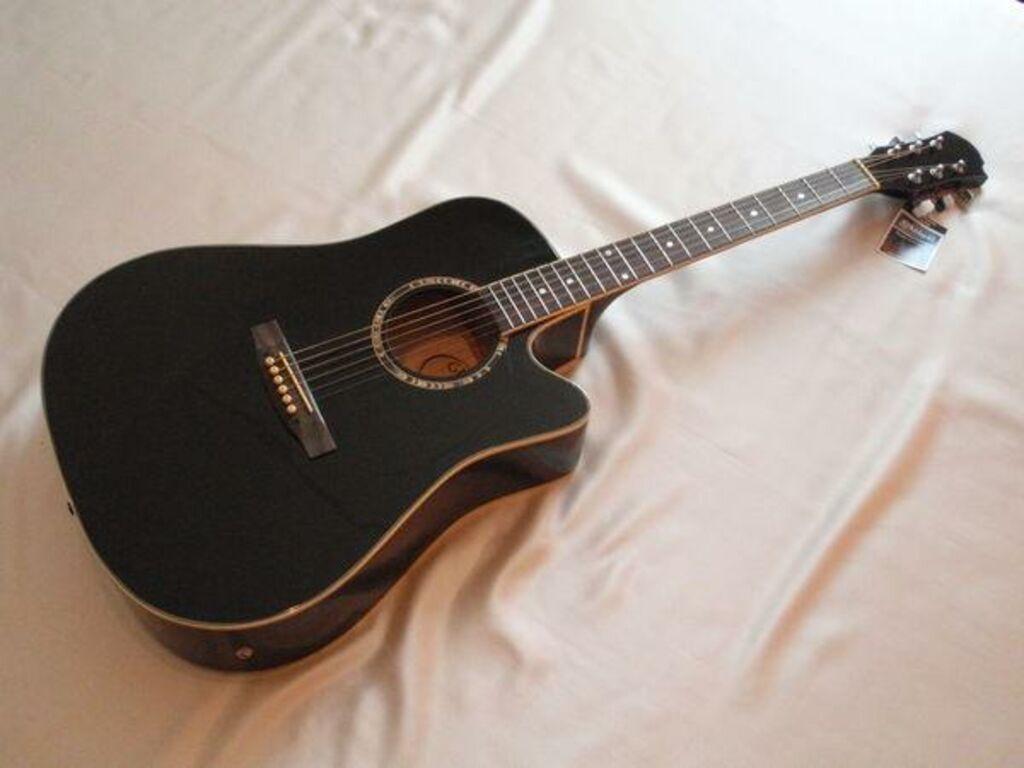 Elektroakustiline kitarr, kott, rihm, kaabel, uus