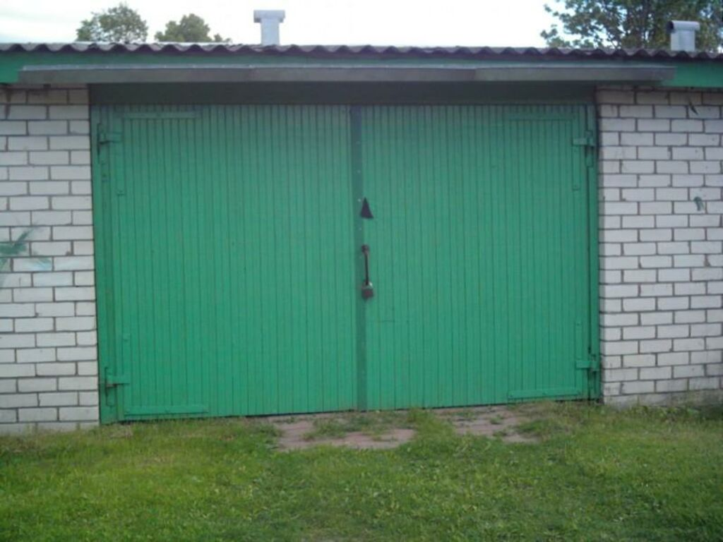Kolmetoaline mugav korter ja 2 kohaline garaaž