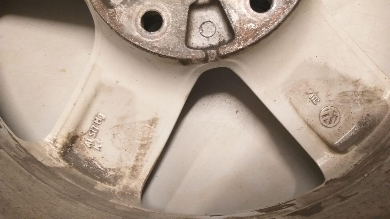VW Touaregi originaal valuveljed + rehvid 17 tolli