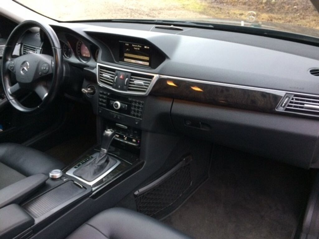 Mercedes-Benz E 220 Avantgarde BlueEfficiency 2.2