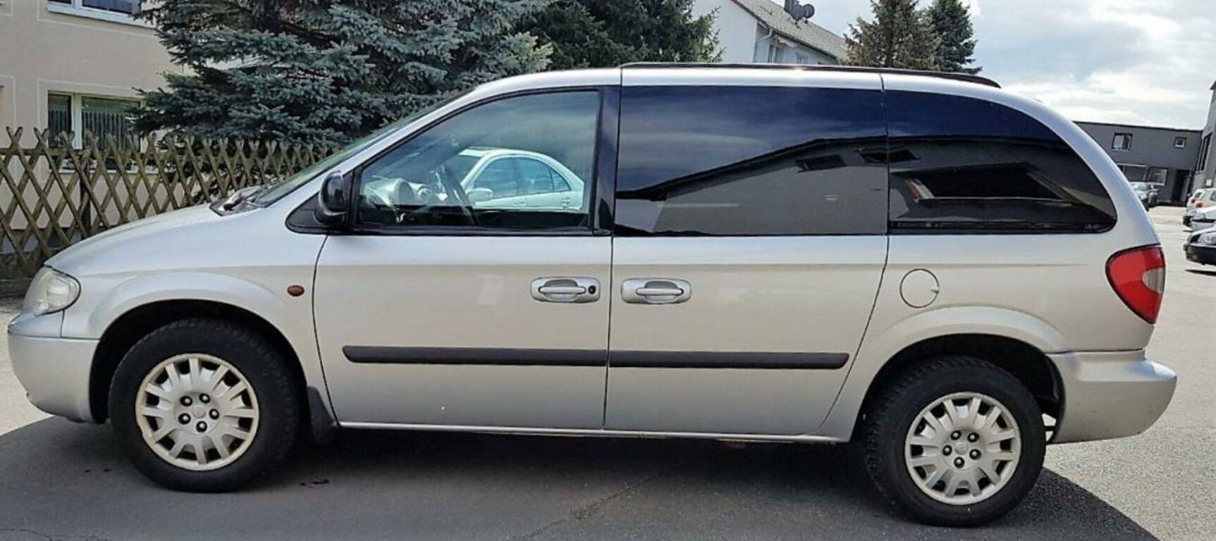 Chrysler Voyager 08