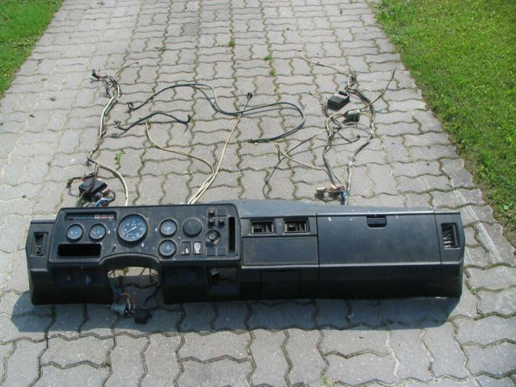 Gaz-3307 armatuur koos juhtmetega