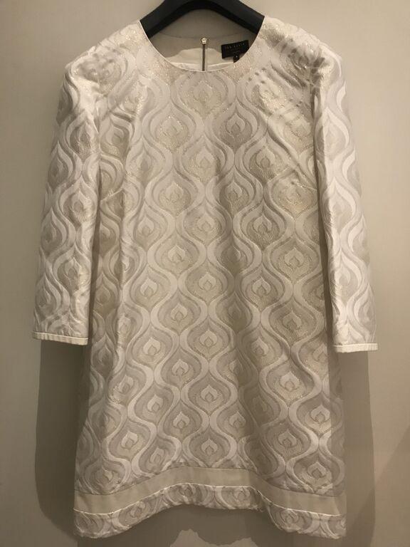 Ted Baker kleit