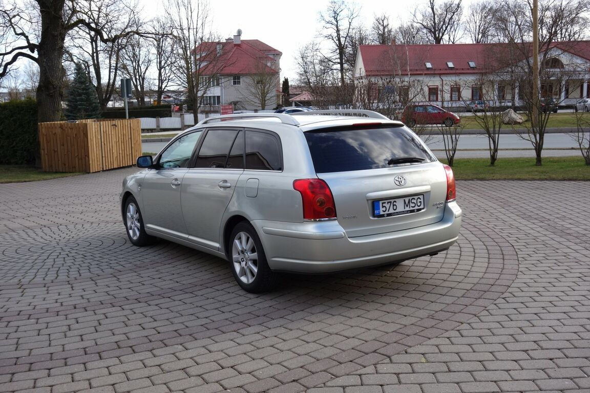 Toyota Avensis 2.2d 130kw