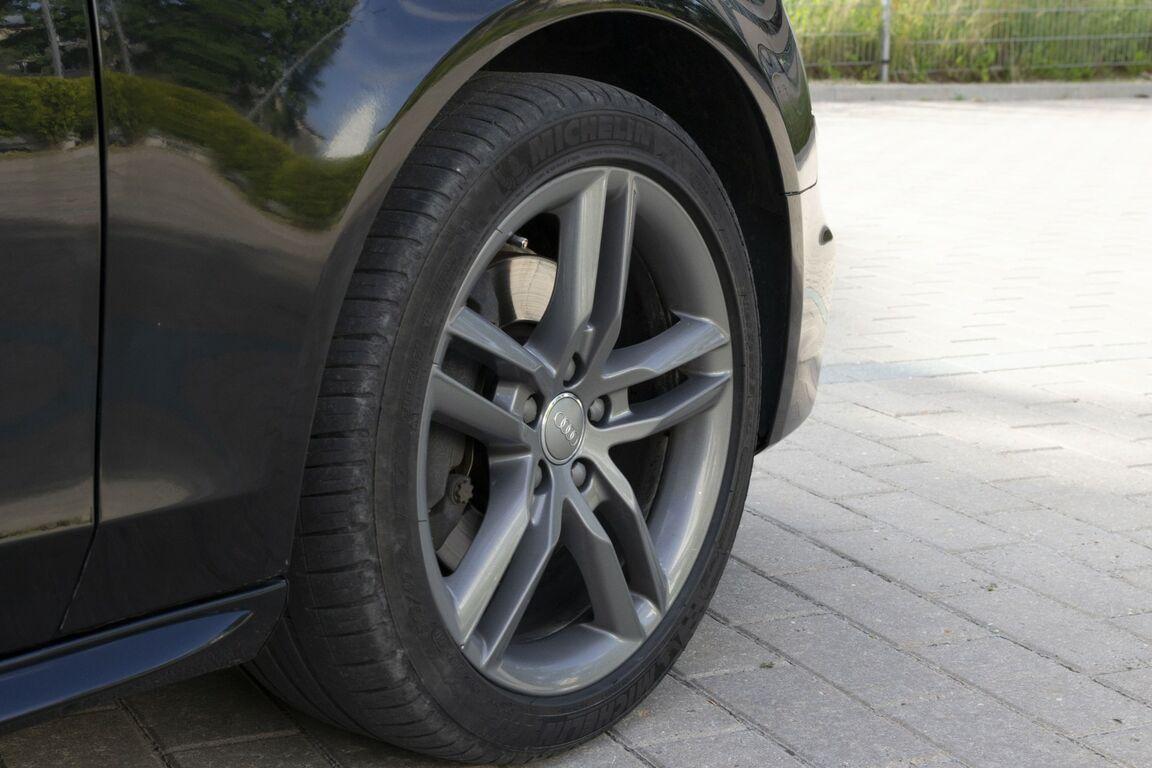 Audi A4 3.0TDI Quattro S-Line