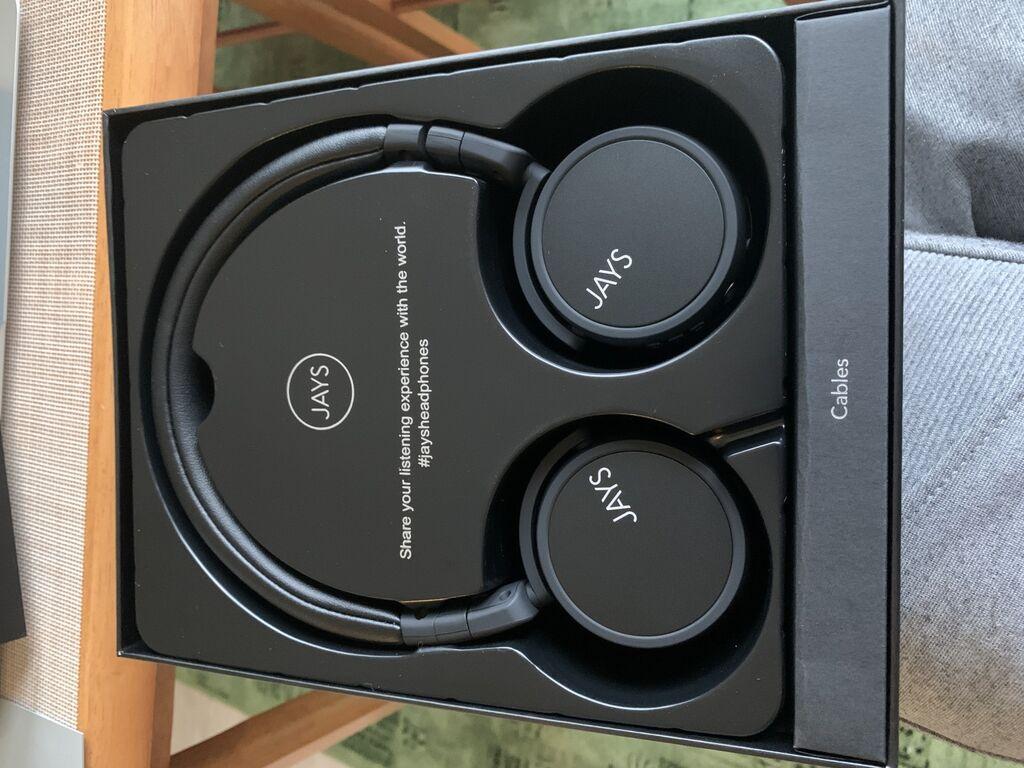 Uued kasutamata juhtmevabad kõrveklapid