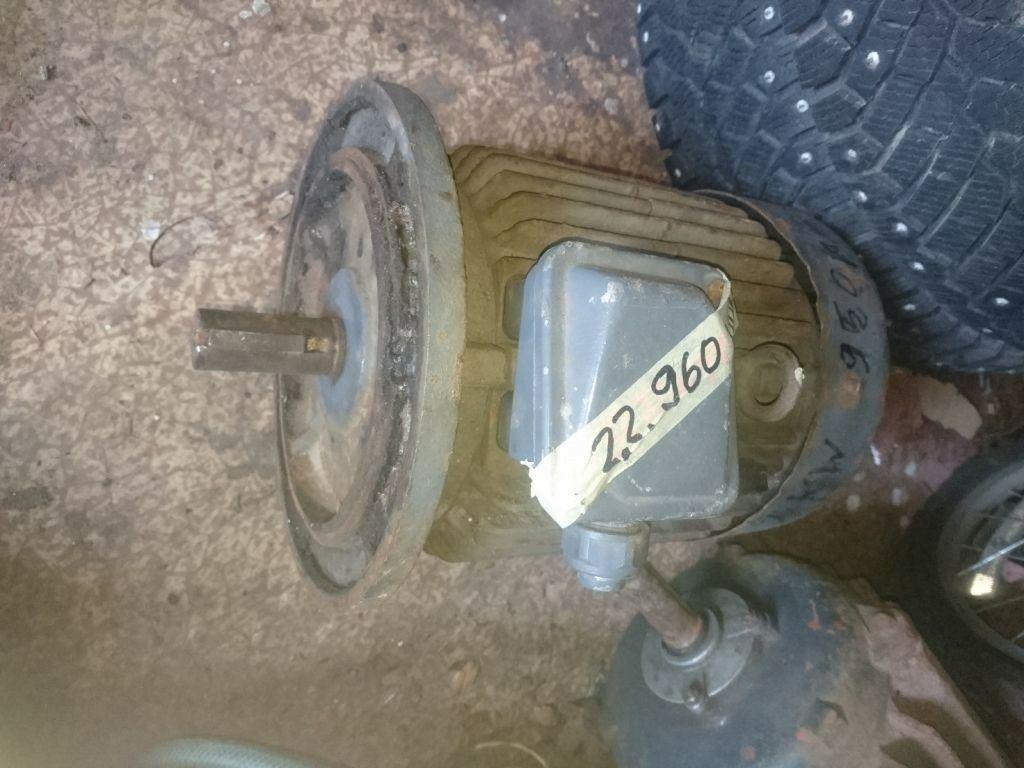 Elektrimootor 2,2 960