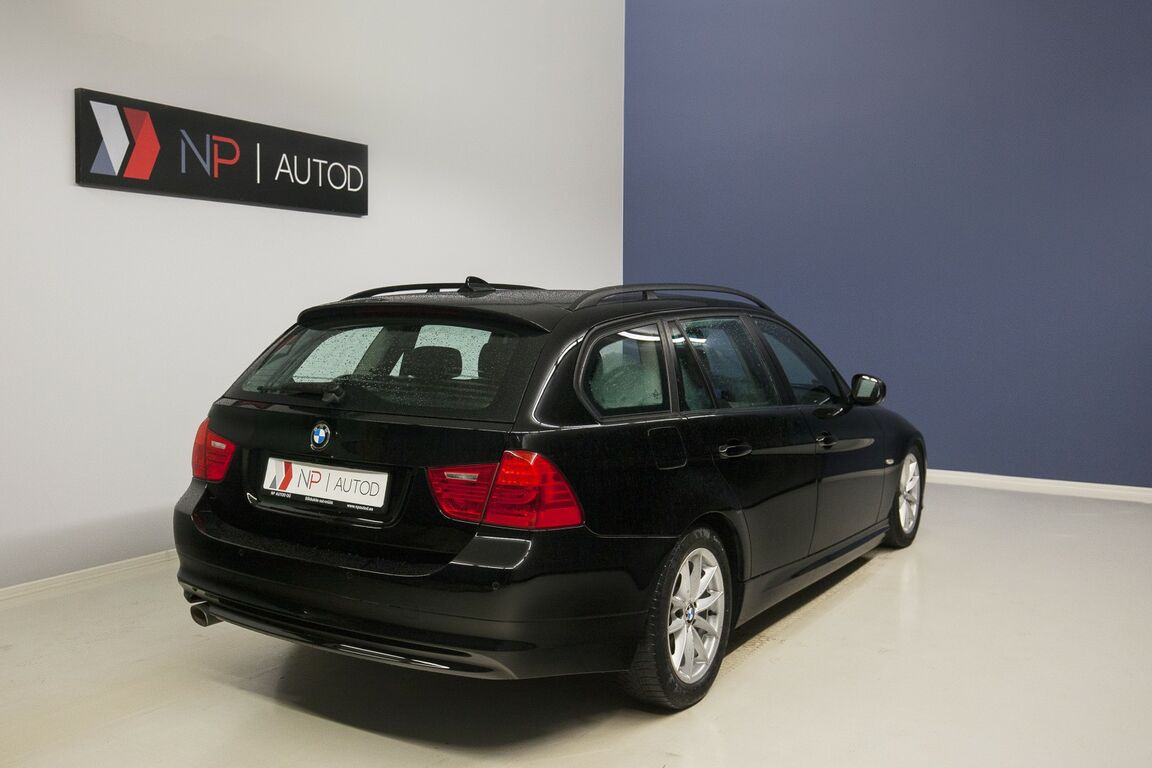 BMW 320 Touring 2.0 130kW