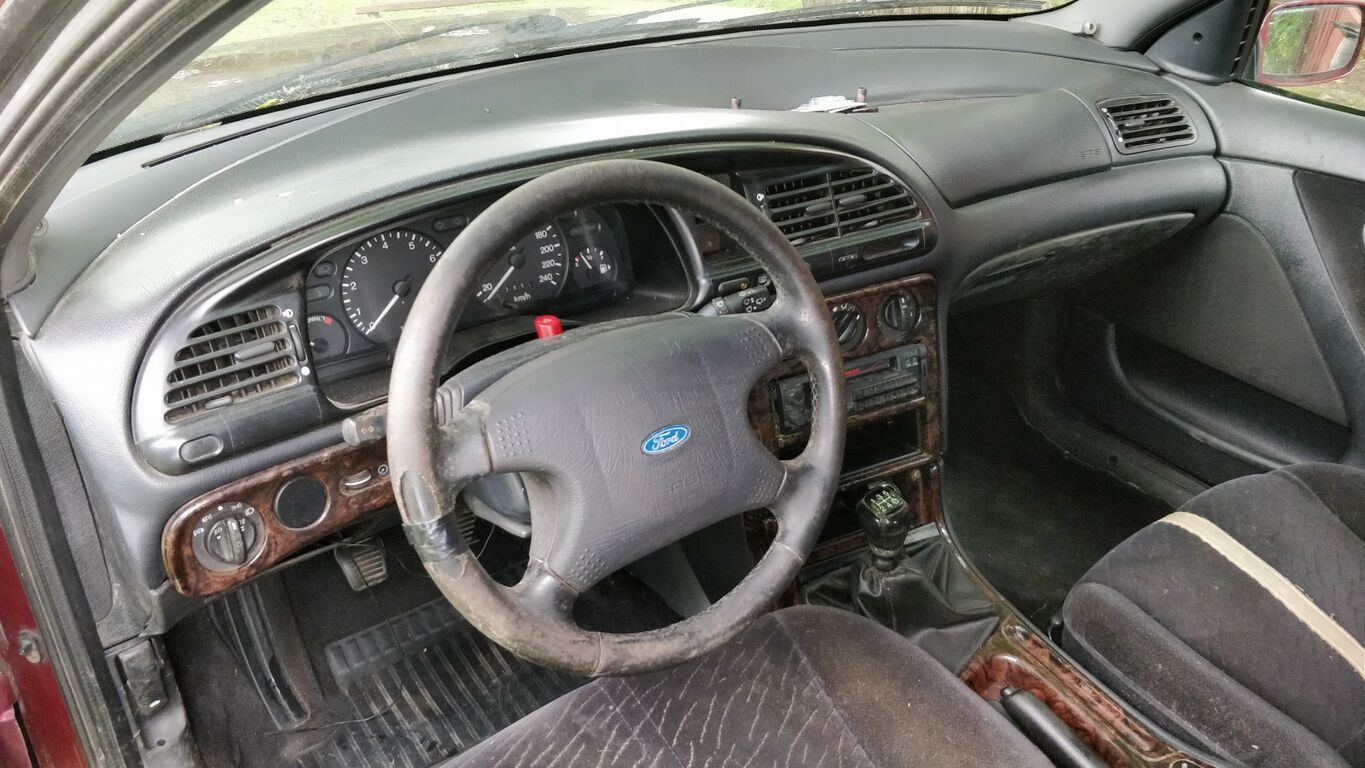 Ford Mondeo 1995 1,8 universaal