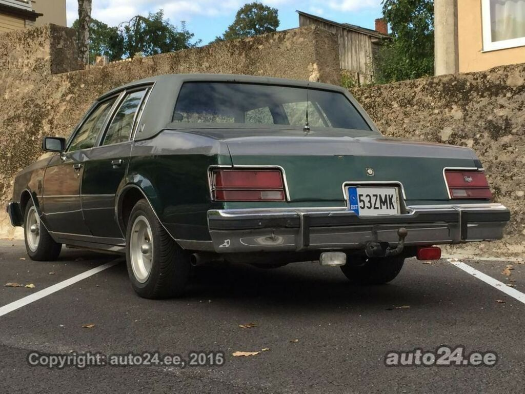 Buick Regal Limited V8 5.0 105kW