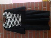 Uus! Kleit