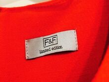 F&F Limited Edition Kleit