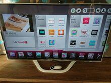 """Teler LG 50"""" 3D,smart, WiFi"""