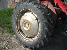 Traktori rehv 12,4-32