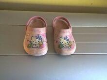 Crocsimoodi jalanõud tüdrukule