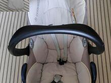 Maxi Cosi turvahäll 0-13kg ja Family Fix alus