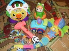 Komplekt mänguasju beebile