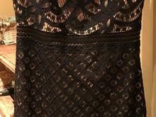 Varrukateta kleit Dresshouse'st