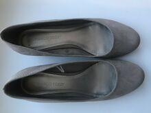 Beežid väikese kontsaga kingad NR40