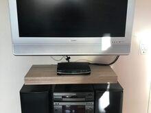 Müüa LCD teler SHARP ja muusikakeskus SAMSUNG!