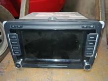 VW Passat raadio RNS 150