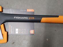 Kirves Fiskars X11