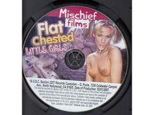 Flat Chested Little Girls UUS DVD Lameda rinnaga n