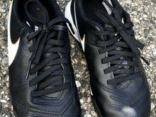 Jalgpalli jalatsid / putsad Nike Tiempo