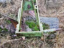 Väiksemale traktorile ader