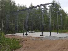 Viilhalle,metallmööblit ja kasvuhooneid