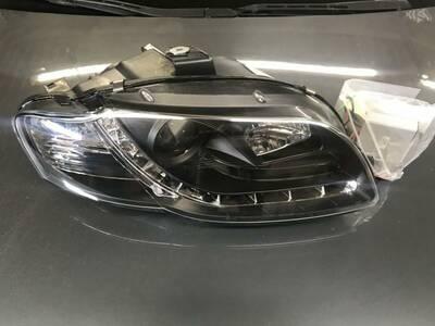 Audi A4 esituled