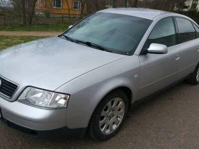 Audi A6 1.8t manuaal ja 2.4l aut.