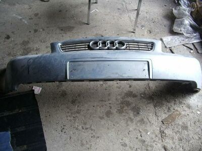 Audi A3 esistange