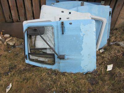 Veoauto Gaz 3307 uksed.
