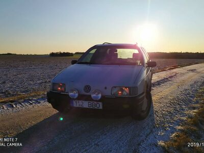 VW Passat B3 1.9 55kw manuaal 91a 300eur