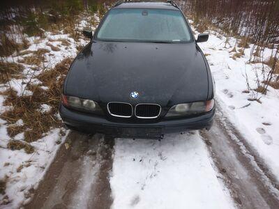 BMW 528iA Touring E39 Varuosadena 98.a