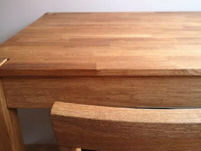 Tammepuidust laud ja tool