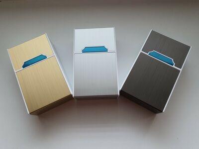 Stiilne sigaretikarp elektrilise süütajaga