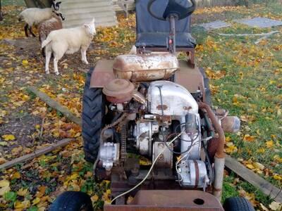 Isetehtud traktor
