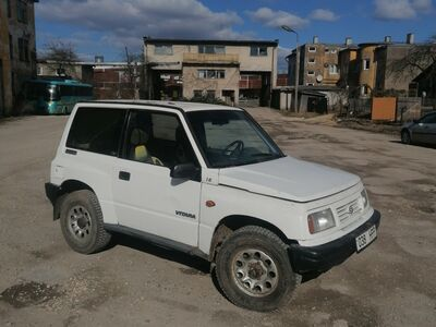 Suzuki Vitara 1.6 bensiin manuaal 4x4