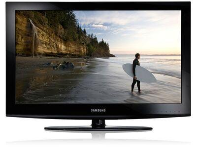 "32"" Samsung E420E LCD TV"