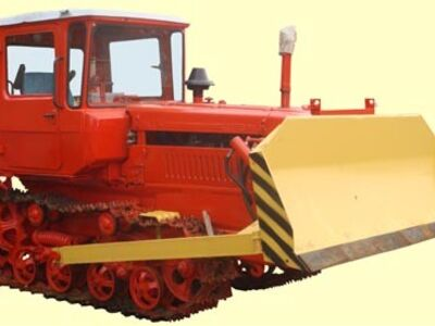 Lintraktor DT-75