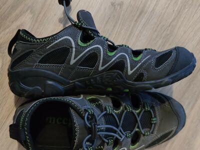 Sandaalid nr39, sisetald 26cm