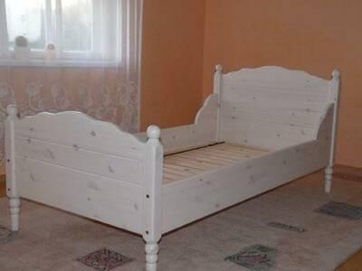 Täispuidust voodi lastele