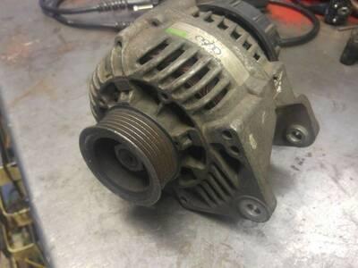 Audi generaator OEM 078903015D